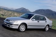 SAAB 9-5 2001 серебристый седан