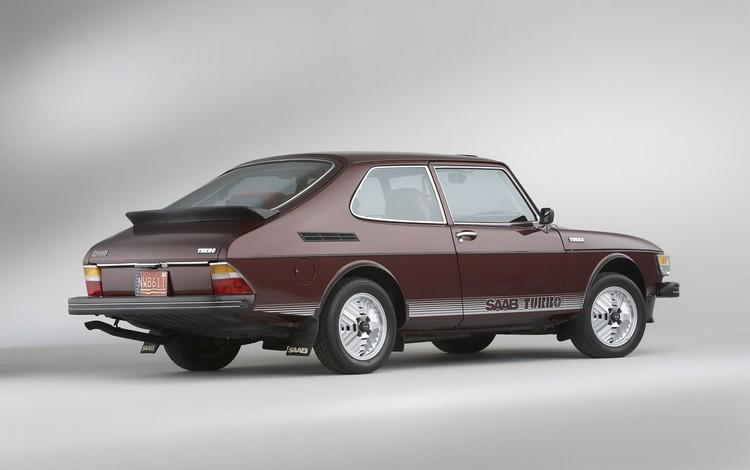 SAAB 99 turbo 1978 год вид сзади